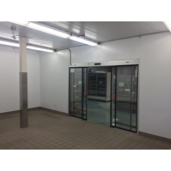 17 39 x 24 39 6 x 10 39 h walk in cooler with automatic entry for 10 door walk in cooler