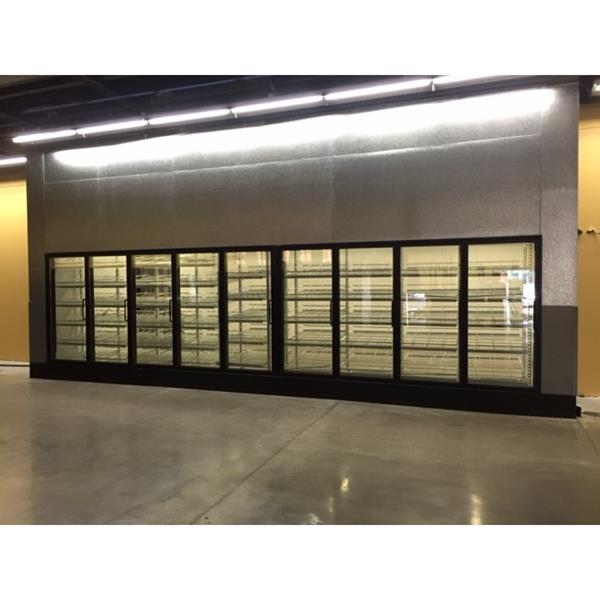 193 X 258 X 10h Display Glass Door Walk In Cooler 494 Sq Ft