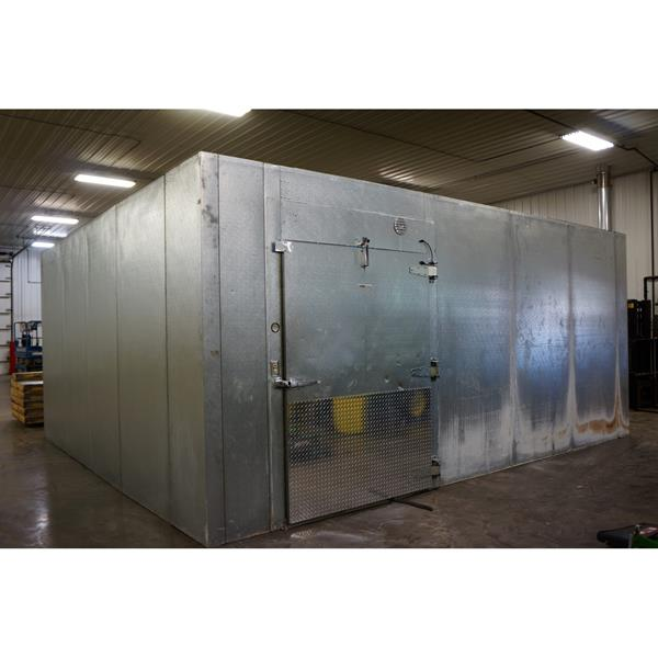 "18'4"" x 20'8"" x 9'5""H Kysor Walk-in Cooler or Freezer"