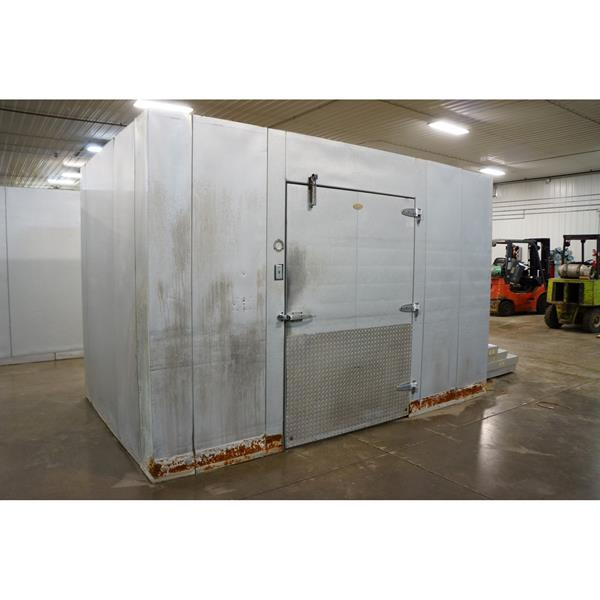 "7'9"" x 12'6"" x 8'5""H WA Brown Walk-in Cooler"