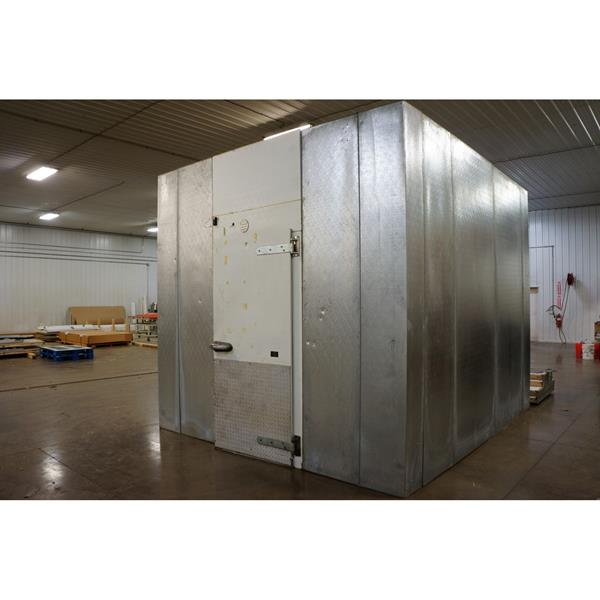 "10'9"" x 12'4"" x 10'5""H Hussmann Walk-in Cooler"