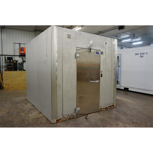 "8'4"" x 9'9"" x 8'7""H Kolpak Walk-in Freezer with Floor"