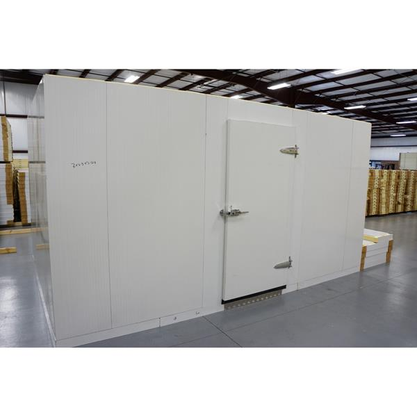 10' x 15' x 8'H (Nominal) Barr Walk-in Freezer with Floor
