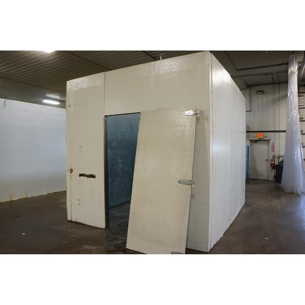10' x 12' x 10'H National Coolers Walk-in Cooler