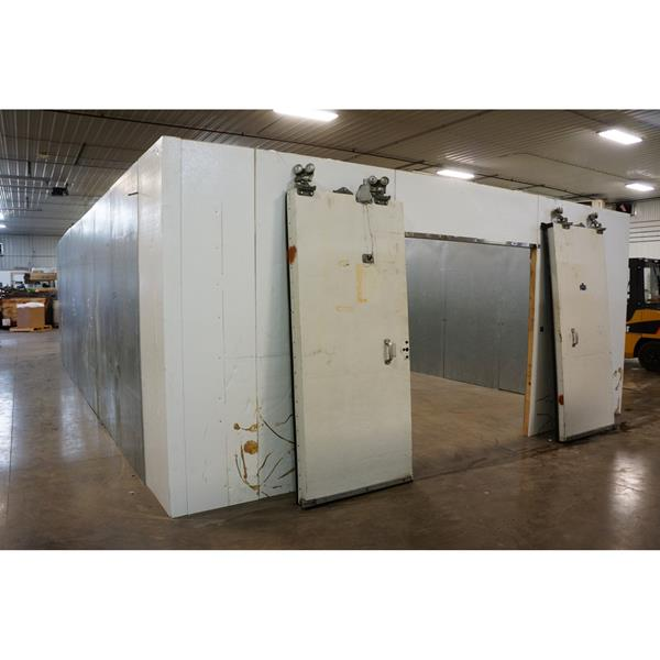 "18' x 32' x 8'4""H National Coolers Walk-In Cooler"