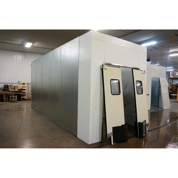 8' x 22' x 10'H National Coolers Walk-in Cooler