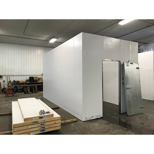 "9'9"" x 18'1"" x 10'4""H Kysor Walk-in Cooler or Freezer"