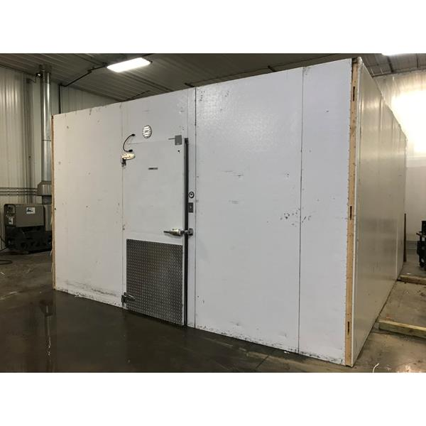 "14'8"" x 18'3"" x 9'4""H Kysor Walk-in Cooler or Freezer"