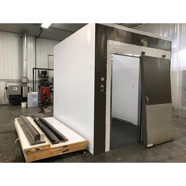 "8'4"" x 9'4"" x 9'4""H Kysor Walk-in Cooler"