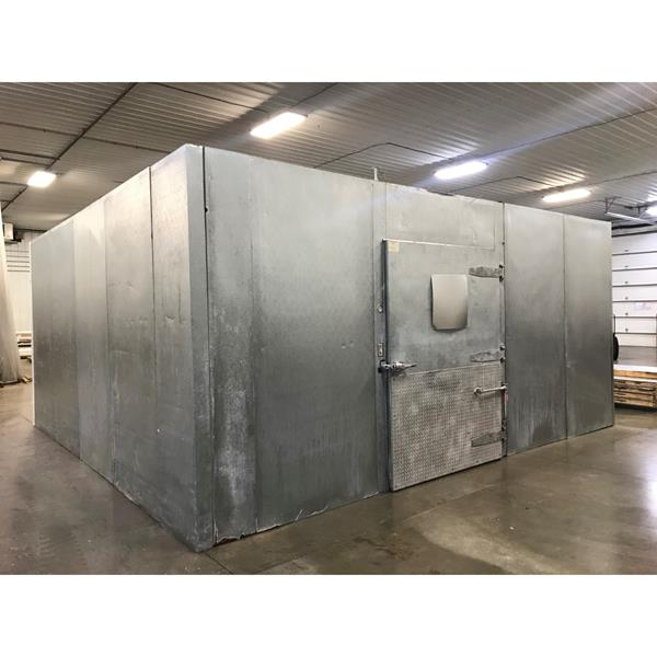 "18'3 x 19'3"" x 9'H National Coolers Walk-in Cooler"