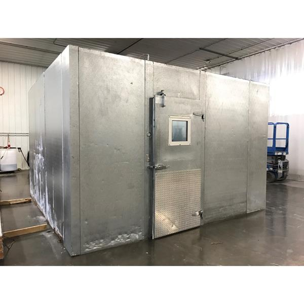"13'6"" x 13'6"" x 9'H National Coolers Walk-in Cooler"
