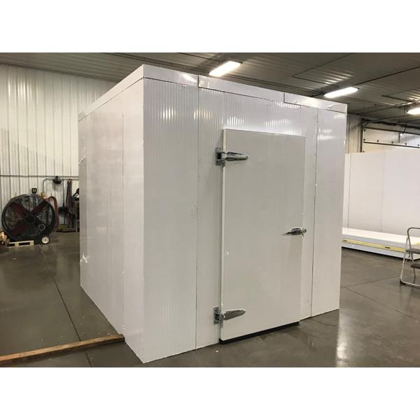 "8'3"" x 8'3"" x 8'H Walk-in Cooler with new condensing unit"