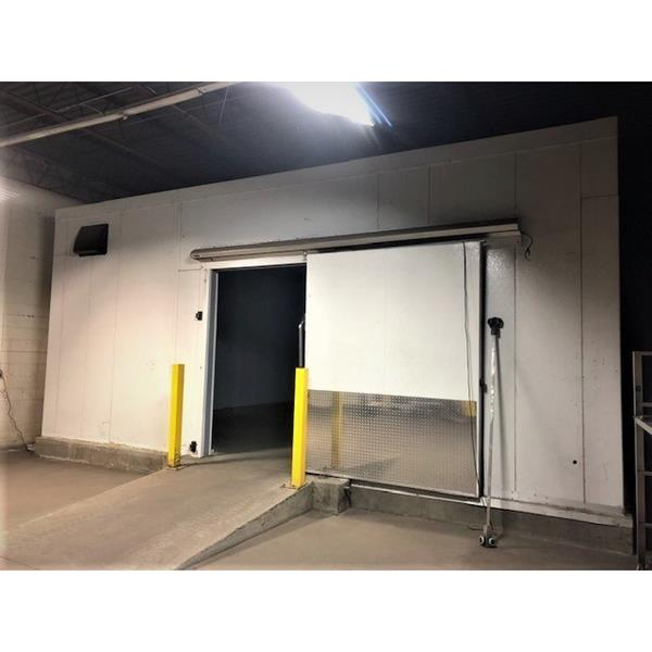 "26' x 42'4"" x 11'10""H Drive-in Cooler or Freezer with Manual Sliding Door"