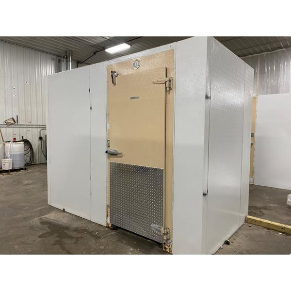 "5'10"" x 10'8"" x 8'7""H KYSOR Walk-in Cooler with new refrigeration system"