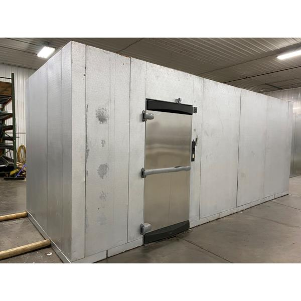 "7'9"" x 19'9"" x 8'7""H Kolpak Walk-in Cooler with Floor"