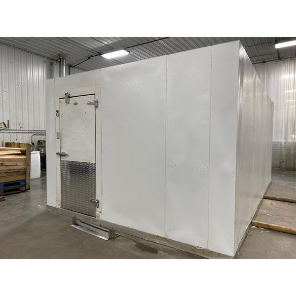 "11'7"" x 18'4"" x 8'7""H Brown Walk-in Freezer with Floor"